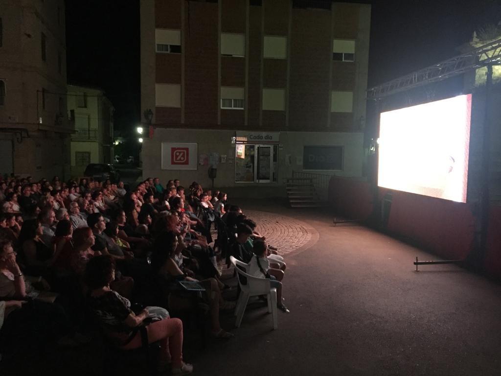 """Proyección de la película """"Quiero ser cebra"""" en Caudete de las Fuentes"""