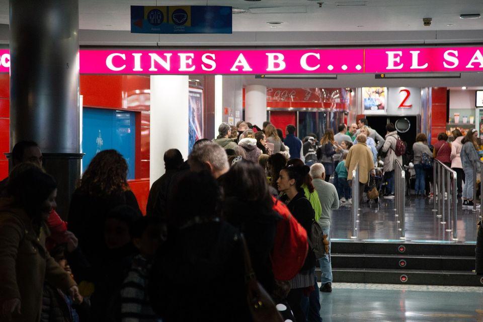 """Sesión de cine inclusivo con la """"Proyección de """"Frozen 2"""" en los Cines ABC El Saler"""