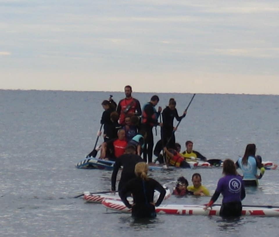 Jornada de surf con Ocean Republik Valencia.